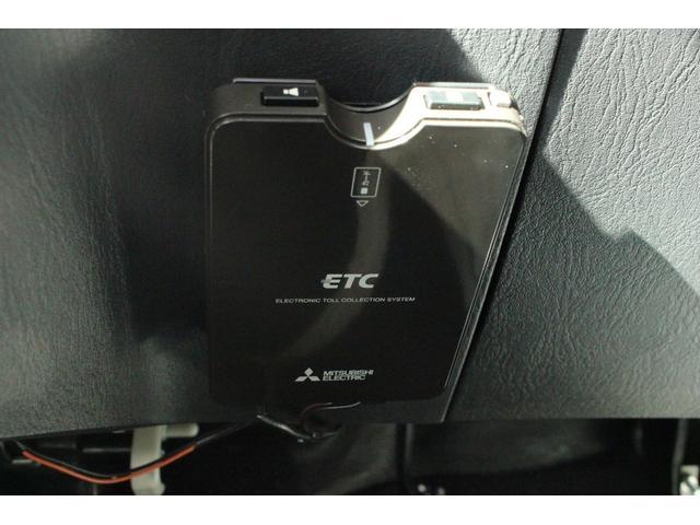ランドベンチャー 4WD ストラーダSDナビ&フルセグTV ETC 背面ハードカバー キーレスキー ワイパーディアイサー 電動格納ドアミラー ステアリングオーディオコントロール 衝突安全ボディ(9枚目)