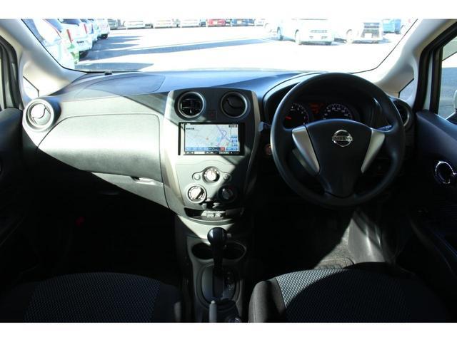 X FOUR 4WD 衝突被害軽減ブレーキ ETC ナビゲーション バックモニター スマートキー キーレス 横滑り防止装置 パワーウィンドー CD再生装置 純正ホイルキャップ 電動格納ミラー 手動エアコン(5枚目)