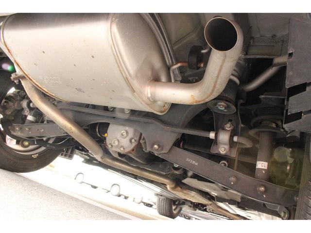 2.0i-L アイサイト 4WD 衝突被害軽減ブレーキ 純正ナビ&フルセグTV バックカメラ キセノンヘッドライト クルーズコントロール ETC アイドリングストップ パワーシート アルミホイール ステリモ DVD再生(22枚目)