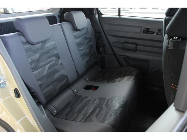 G 届出済未使用車 4WD 青空SUV 9インチスマホ連携ディスプレイオーディオ LEDヘッドライト 衝突被害軽減ブレーキ スマートキー アイドリングストップ バックカメラ フォグランプ アルミホイール(23枚目)