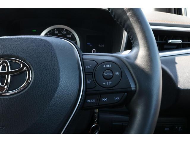 G 4WD トヨタセーフティーセンス ハーフレザーシート ナビ&フルセグTV アイドリングストップ スマートキー クルーズコントロール バックカメラ オートマチックハイビーム シートヒーター CD&DVD(12枚目)