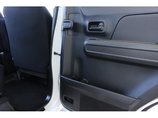 ハイブリッドXG 4WD マイルドハイブリッド 衝突被害軽減ブレーキ スマートキー アイドリングストップ シートヒーター オートライト ベンチシート オリジナルフロアマット アンブレラホルダー 横滑り防止装置(15枚目)
