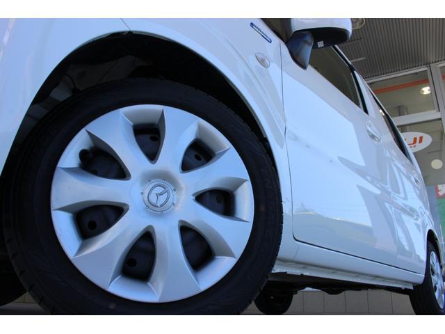 ハイブリッドXG 4WD マイルドハイブリッド 衝突被害軽減ブレーキ スマートキー アイドリングストップ シートヒーター オートライト ベンチシート オリジナルフロアマット アンブレラホルダー 横滑り防止装置(23枚目)
