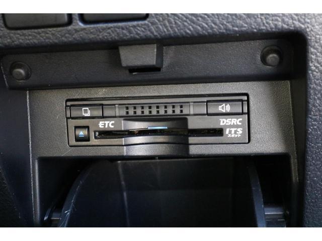 SR Cパッケージ ワンオーナー 4WD ハイブリッド 7人乗 本革シート サンルーフ パノラマビューモニター JBLサウンド 両側電動スライドドア 衝突被害軽減ブレーキ アイドリングストップ フリップダウンモニター(13枚目)
