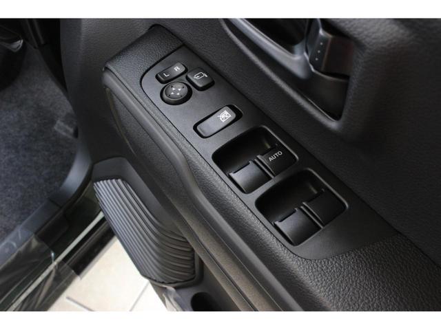ハイブリッドG 届出済未使用車 セーフティサポート非装着車 マイルドハイブリッド スマートキー アイドリングストップ 前席シートヒーター 横滑り防止装置 オートライト パワーウインドウ 電動式格納ドアミラー(14枚目)