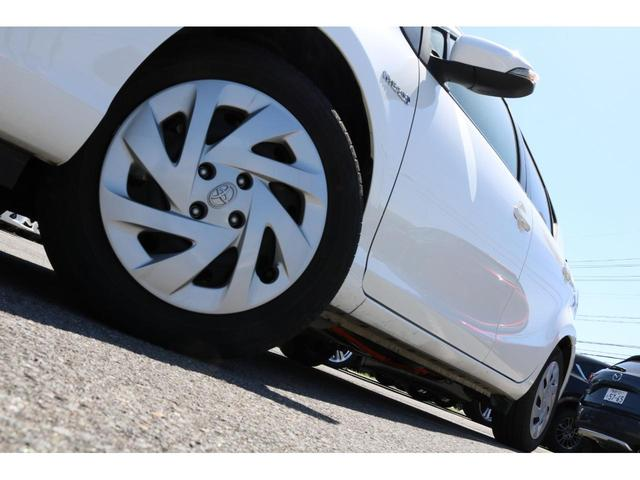 S ハイブリッド トヨタセーフティセンス ナビ&ワンセグTV キーレスエントリー ETC CD&DVD再生可能 電動格納ミラー 横滑り防止装置 バックカメラ オートエアコン オートマチックハイビーム(24枚目)
