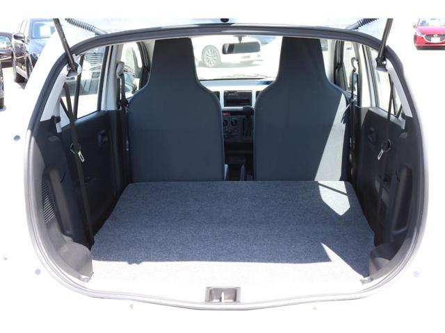 VP 4WD 横滑り防止機能 キーレスエントリー AM/FMラジオ付き マニュアル付きAT車 手動エアコン パワーステアリング アンチロックブレーキシステム エアバック ホイールキャップ(15枚目)