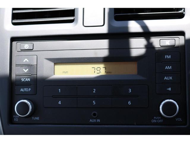 X FOUR 4WD インテリジェントキー プッシュスタート 横滑り防止装置 手動エアコン AM/FMラジオ 電動格納ドアミラー パワーステアリング パワーウィンドウ 純正ホイールキャップ ATシフト(11枚目)