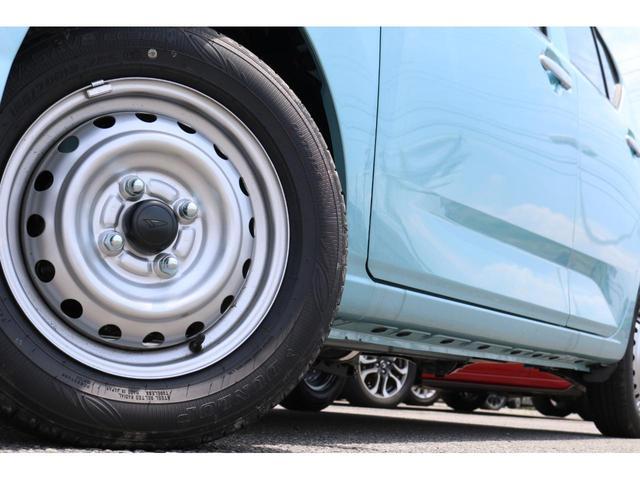 B 届出済未使用車 4WD アイドリングストップ 横滑り防止装置 キーレスエントリーキー付き アンチロックブレーキシステム 助手席エアバッグ 手動エアコン 電動格納ミラー パワーウインドウ(19枚目)
