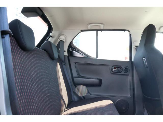 ベースグレード ワンオーナー ターボ SDナビ&フルセグTV HIDヘッドライト 衝突被害軽減ブレーキ スマートキー アイドリングストップ シートヒーター ステリモ CD・DVD再生 Bluetooth接続(17枚目)