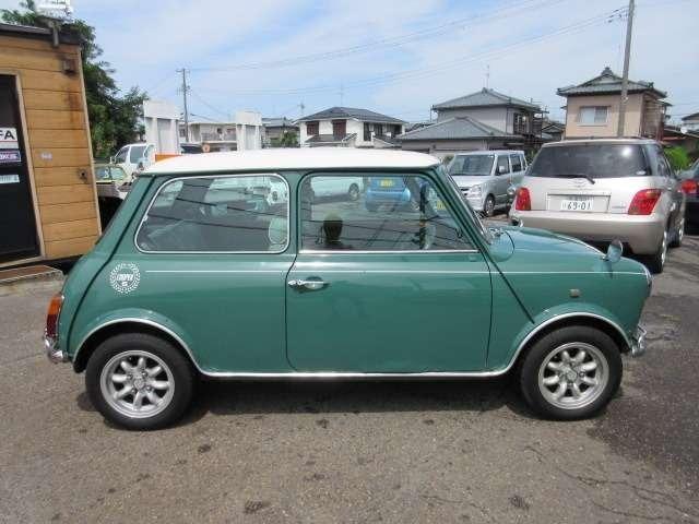 ジョンクーパーガレージ製作の証明となるシリアルナンバープレート!
