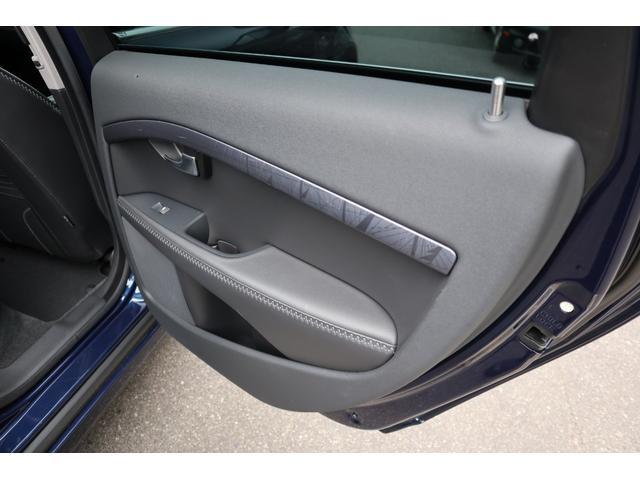 オーシャンレースエディション 限定車 サンルーフ 専用レザー 専用17インチホイール 純正ナビ DVD再生 電動リアゲート シートヒーター ETC(32枚目)