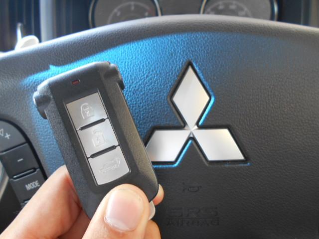 三菱 デリカD:5 4WD_Dプレミアム