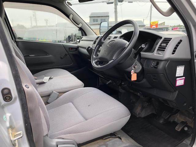 トヨタ レジアスエースバン ロングDX・ディーゼルターボ