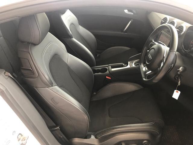 2Lターボ Sライン 4WD ナビTV ETC パワーシート(20枚目)
