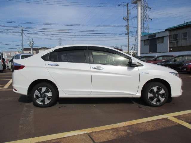 自動車保険もおまかせ。損害保険ジャパン、三井住友海上、東京海上日動の各代理店です。