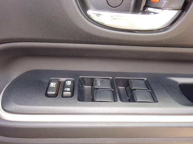 トヨタ アクア Gブラックソフトレザーセレクション SDナビ バックモニター