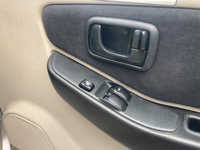 XR 走行33,100km 4WD ターボ オートマ ナビ TV USB CD キーレスエントリー 電動格納ミラー アルミホイール(3枚目)