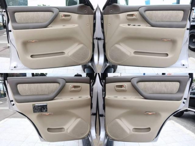 トヨタ ランドクルーザー100 4.7 VX 4WD