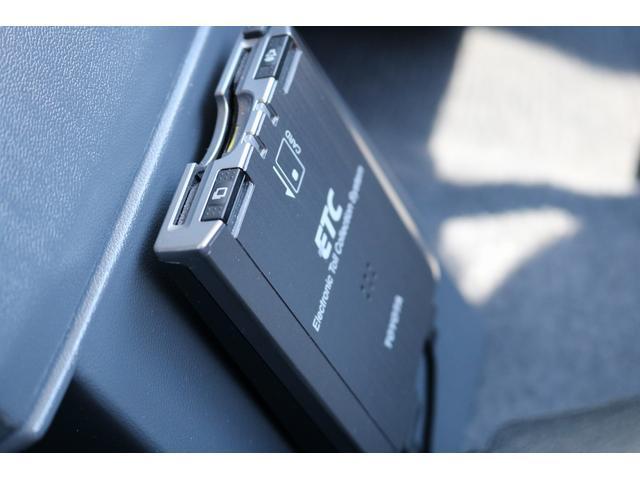 4.0 4WD 1オーナー車 デフロック SDナビTV(16枚目)