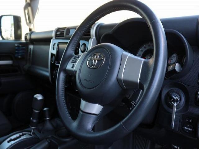 4.0 ブラックカラーパッケージ 4WD(16枚目)
