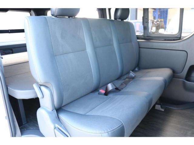 スーパーGL ダークプライムII ロングボディ オリジナル床張り ベットKIT カロッツェリア製8インチSDナビTV ETC 寒冷地仕様(6枚目)
