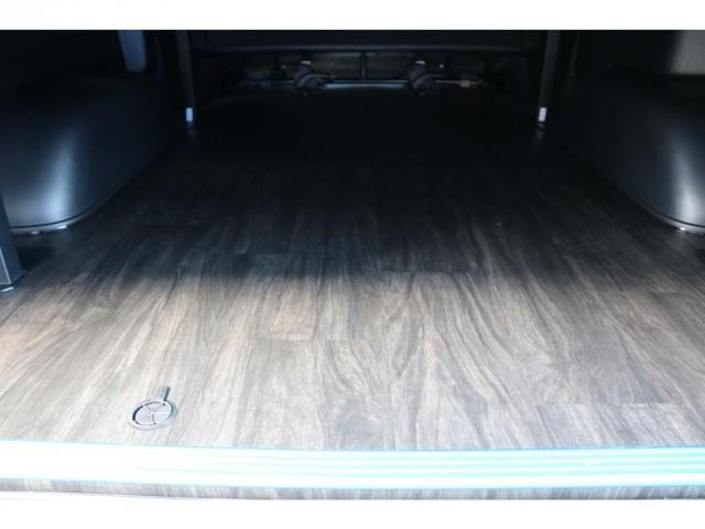 スーパーGL ダークプライムII ロングボディ オリジナル床張り ベットKIT カロッツェリア製8インチSDナビTV ETC 寒冷地仕様(8枚目)