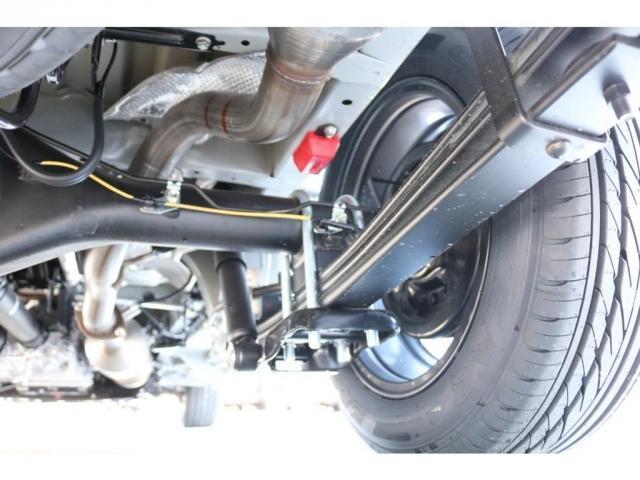 スーパーGL ダークプライムII ロングボディ オリジナル床張り ベットKIT カロッツェリア製8インチSDナビTV ETC 寒冷地仕様(12枚目)