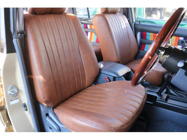TX FLEXオリジナルカスタム Renoca AmericanClassic DEANカリフォルニア16インチAW BF Goodrich235MTタイヤ オリジナルレザー調シートカバー(5枚目)