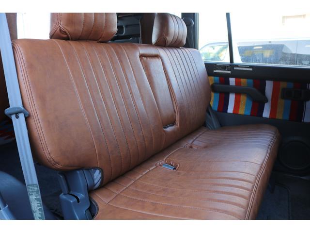 TX FLEXオリジナルカスタム Renoca AmericanClassic DEANカリフォルニア16インチAW BF Goodrich235MTタイヤ オリジナルレザー調シートカバー(6枚目)