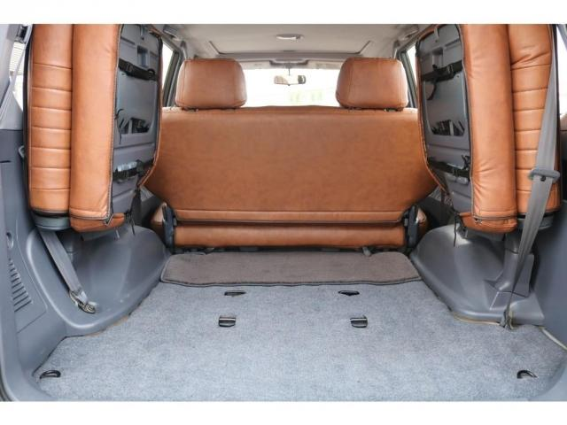 TX FLEXオリジナルカスタム Renoca AmericanClassic DEANカリフォルニア16インチAW BF Goodrich235MTタイヤ オリジナルレザー調シートカバー(7枚目)
