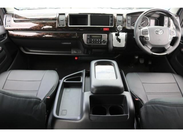 GL ライトカスタム車 3No 10人乗り レザー調シートカバー ファブレスXR-6アルミ 玄武ローダウンブロックKIT 木目調インテリアパネル オリジナルオーバーフェンダー オリジナルリップスポイラー(3枚目)