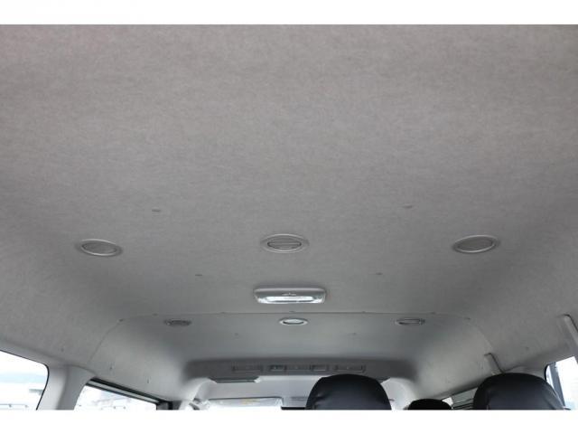 GL ライトカスタム車 3No 10人乗り レザー調シートカバー ファブレスXR-6アルミ 玄武ローダウンブロックKIT 木目調インテリアパネル オリジナルオーバーフェンダー オリジナルリップスポイラー(9枚目)