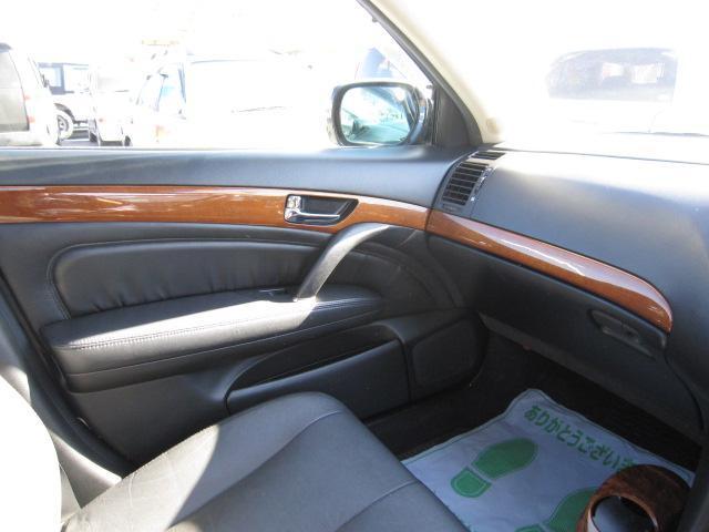 日産 シーマ 450XV黒革サンルーフマルチ社外ヘッドライトローダウン