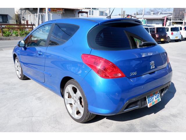 GTi GTi 1600 ターボ 6速マニュアル 2WD 純正18インチアルミホイール 社外HDDナビ 地デジTV ETC キーレスエントリー パノラミックガラスルーフ(3枚目)