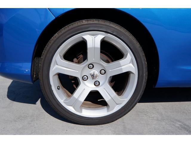 GTi GTi 1600 ターボ 6速マニュアル 2WD 純正18インチアルミホイール 社外HDDナビ 地デジTV ETC キーレスエントリー パノラミックガラスルーフ(21枚目)