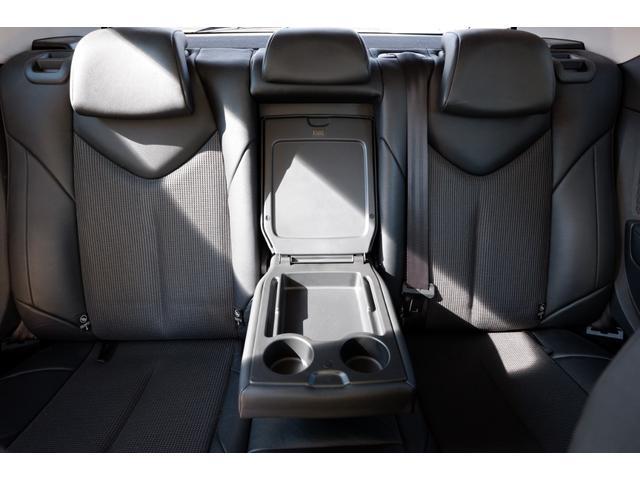 GTi GTi 1600 ターボ 6速マニュアル 2WD 純正18インチアルミホイール 社外HDDナビ 地デジTV ETC キーレスエントリー パノラミックガラスルーフ(36枚目)