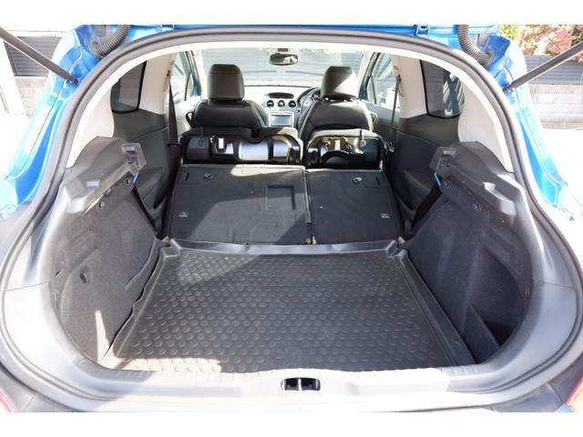 GTi GTi 1600 ターボ 6速マニュアル 2WD 純正18インチアルミホイール 社外HDDナビ 地デジTV ETC キーレスエントリー パノラミックガラスルーフ(42枚目)