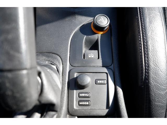 GTi GTi 1600 ターボ 6速マニュアル 2WD 純正18インチアルミホイール 社外HDDナビ 地デジTV ETC キーレスエントリー パノラミックガラスルーフ(51枚目)
