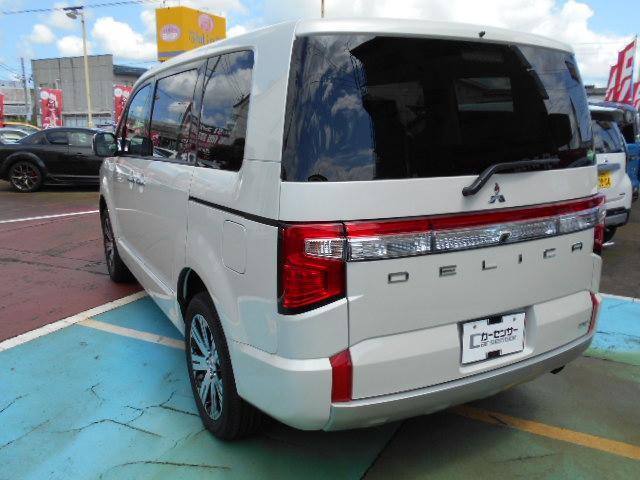P 4WD 8人乗り 令和3年6月登録済未使用車(6枚目)