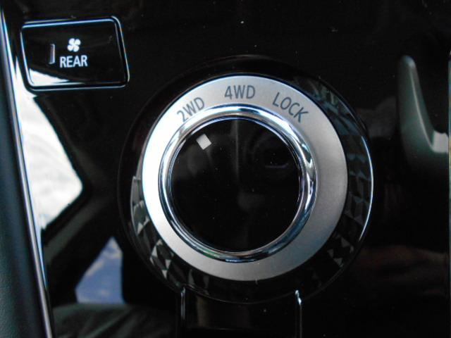 P 4WD 8人乗り 令和3年6月登録済未使用車(16枚目)