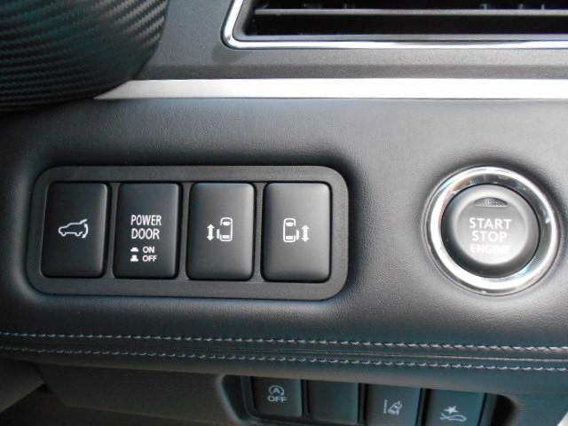 P 4WD 8人乗り 令和3年6月登録済未使用車(18枚目)