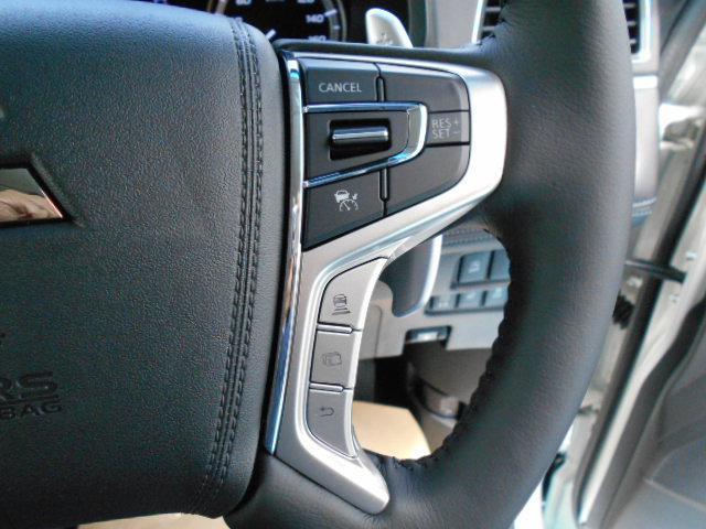 P 4WD 8人乗り 令和3年6月登録済未使用車(24枚目)