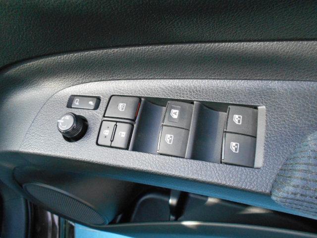 G セーフティセンスC LEDヘッドランプ 地デジナビ 両側パワースライドドア スマートキー オートエアコン オプティトロンメーター TFTカラーマルチインフォメーションディスプレイ(23枚目)