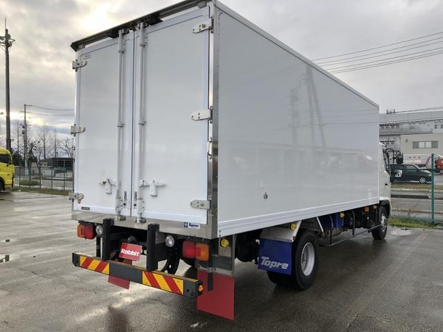4WD 東プレ冷凍冷蔵車 庫内設定温度-30℃~30℃(7枚目)