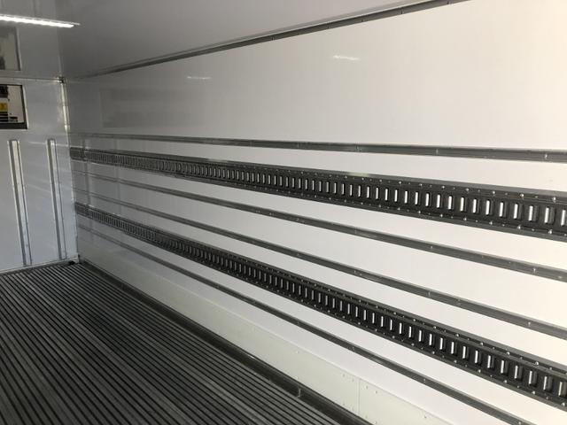 4WD 東プレ冷凍冷蔵車 庫内設定温度-30℃〜30℃(23枚目)