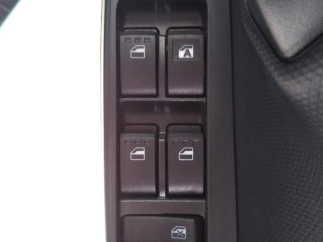 L SAIII ヘッドランプアイドリングストップパワーウインドウキーレスマニュアルエアコン2列目一体可倒パワステエアバッグEBD付ABS衝突安全装置 横滑り防止装置(17枚目)