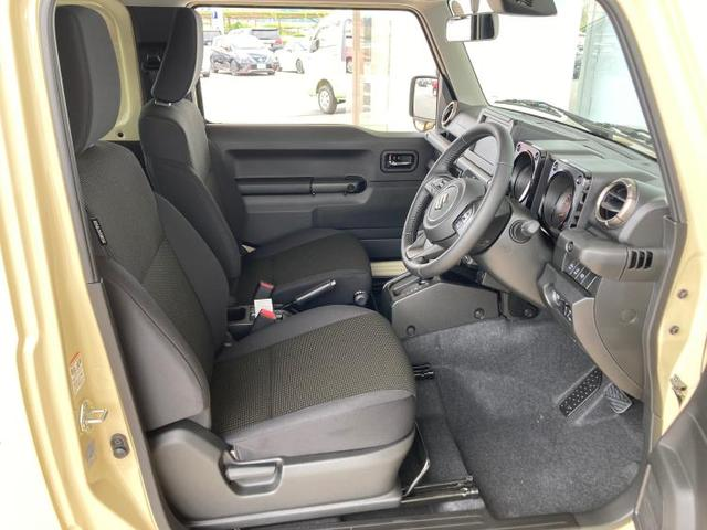 XC LED/プッシュスタート/クルーズコントロール/車線逸脱防止支援システム/ヘッドランプ LED/ABS/横滑り防止装置/エアバッグ 運転席/エアバッグ 助手席/エアバッグ サイド/パワーウインドウ(5枚目)
