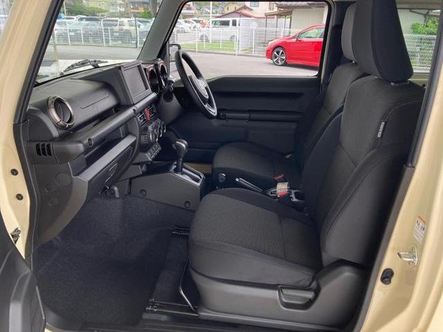 XC LED/プッシュスタート/クルーズコントロール/車線逸脱防止支援システム/ヘッドランプ LED/ABS/横滑り防止装置/エアバッグ 運転席/エアバッグ 助手席/エアバッグ サイド/パワーウインドウ(6枚目)