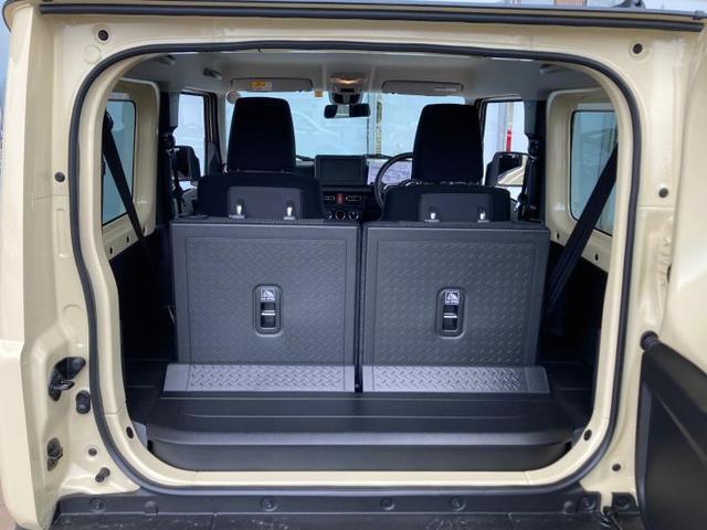 XC LED/プッシュスタート/クルーズコントロール/車線逸脱防止支援システム/ヘッドランプ LED/ABS/横滑り防止装置/エアバッグ 運転席/エアバッグ 助手席/エアバッグ サイド/パワーウインドウ(8枚目)
